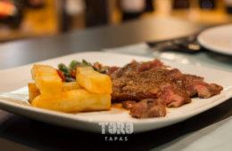 El abanico ibérico en salsa de cítricos de Toro Tapas