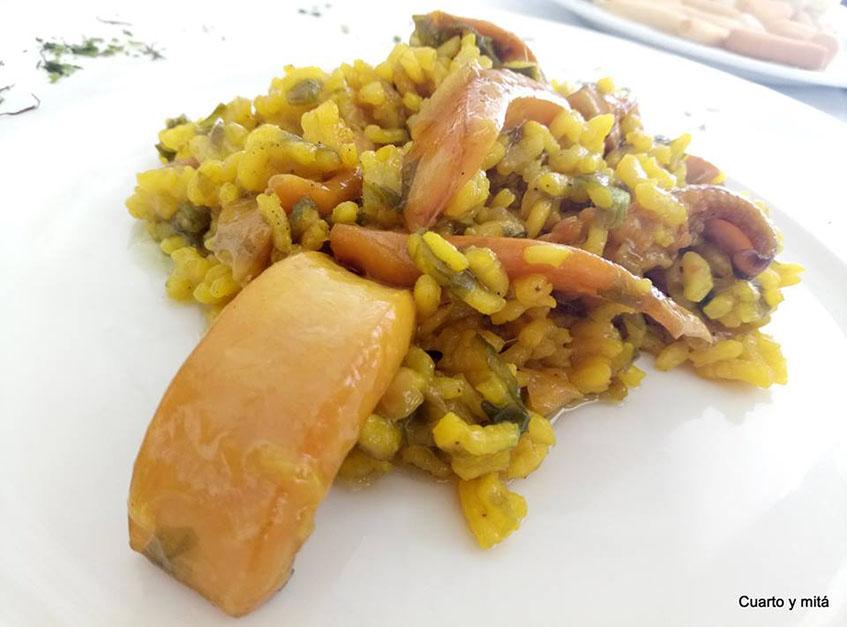 El arroz con chocos y algas de la Venta Melchor fotografiado por Cuarto y Mitá