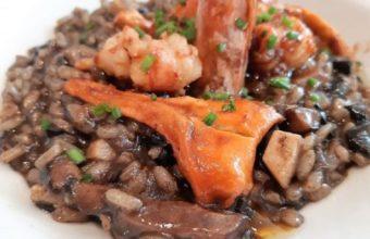 El arroz con setas y gambones de El Abaco