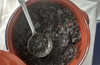 El arroz negro del bar restaurante La Puntilla