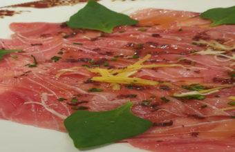 La marinada de atún rojo del Restaurante El Faro de El Puerto