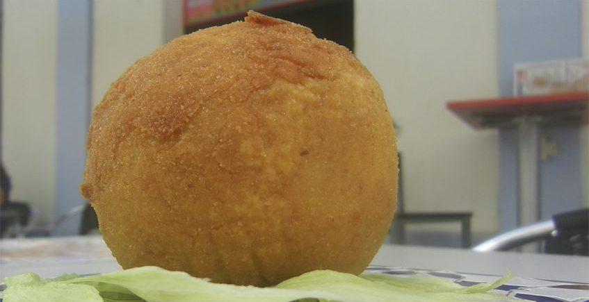 La bomba de patata rellena de La Cubana y Olé