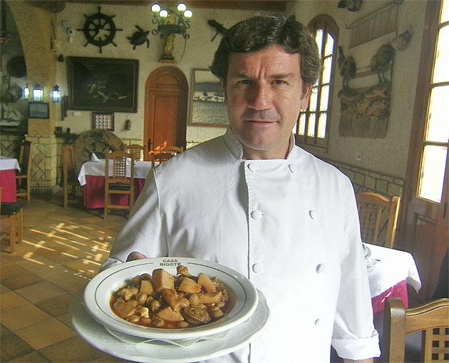 El cocinero César Hermoso. Foto: Cosasdecome