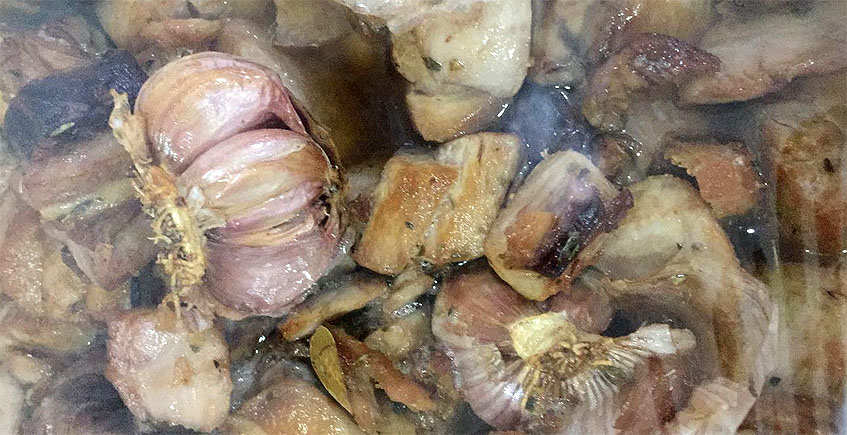 Los chicharrones de atún de la carnicería de Javier Moreno