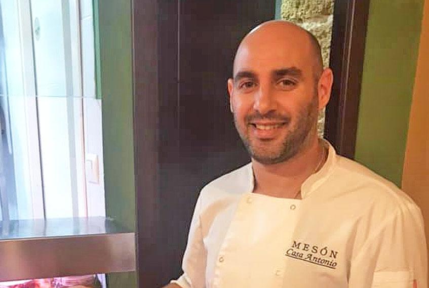 El cocinero Antonio Rodriguez del Mesón Casa Antonio, autor del salmorejo de queso de la Sierra de Cádiz. Foto: Cedida por el establecimiento