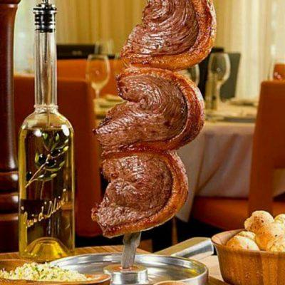 Cuentan con 16 tipos distintos de carnes.
