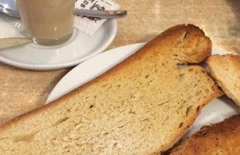 Los desayunos con pan cateto de la Venta La Palmosa