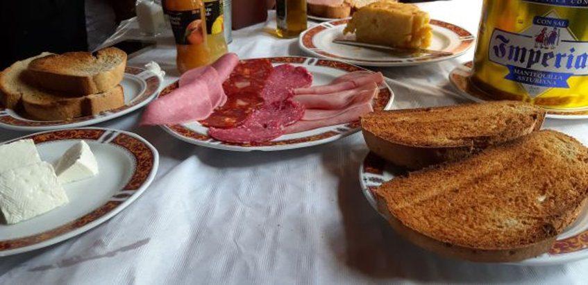 """El desayuno """"completo"""" del Cortijo Las Grullas"""