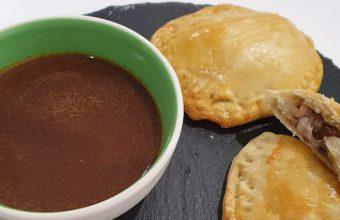Empanadillas de perdiz guisada, foie y setas