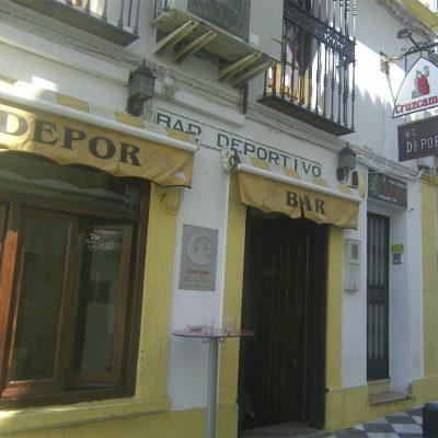 Vista exterior del bar Depor de San Roque. Foto: Cosasdecome