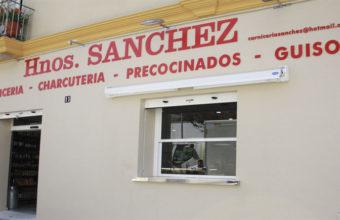 Carta de platos de comidas navideñas para llevar de la carnicería Hermanos Sánchez de Sanlúcar