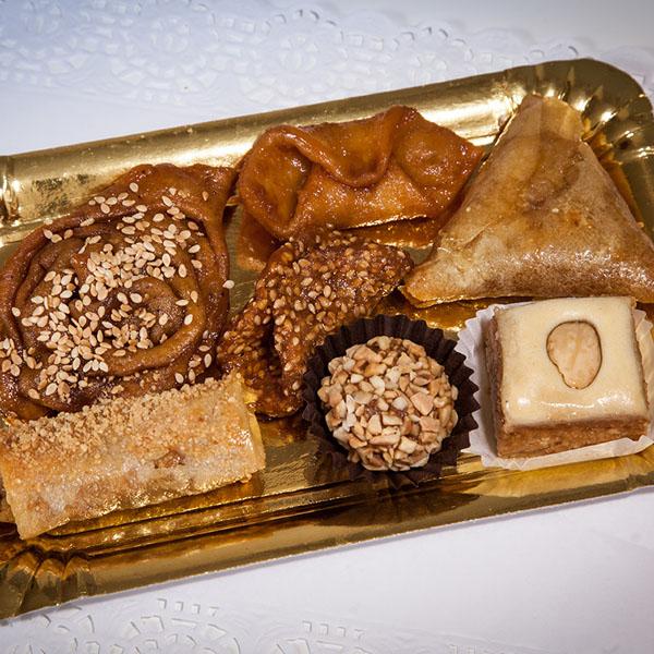 La foto de los dulces de Xauen enviada por el tapatólogo Ethan Nova