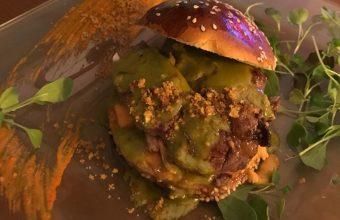 La hamburguesa de retinto del restaurante Casa Las Piedras