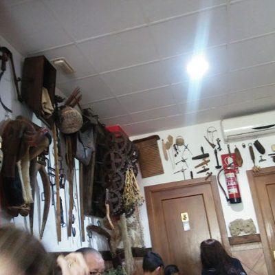 Detalle de la decoración del café bar Las Niñas de Olvera. Foto: Cosasdecome.