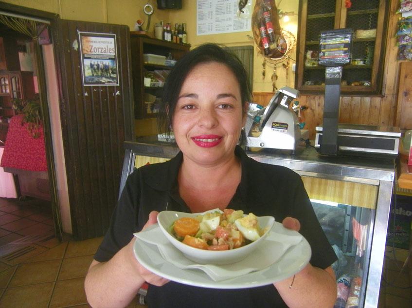 La cocinera Isabel Gil, autora de esta tapa. Foto: Cosasdecome