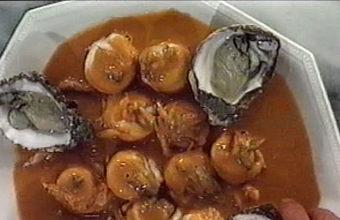 Turbantes de lenguado de estero en salsa de ostiones y camarones