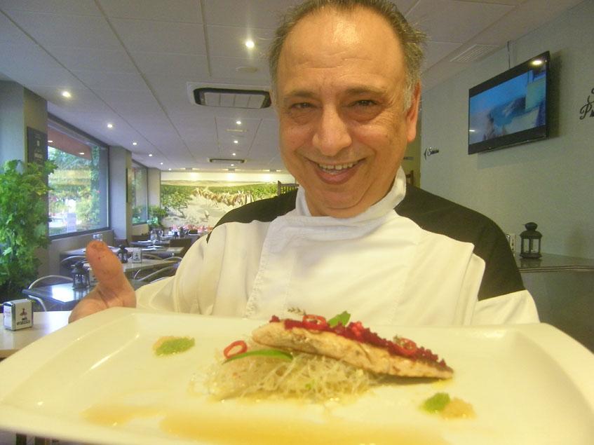 El cocinero Manolo Valencia. Foto: Cosasdecome