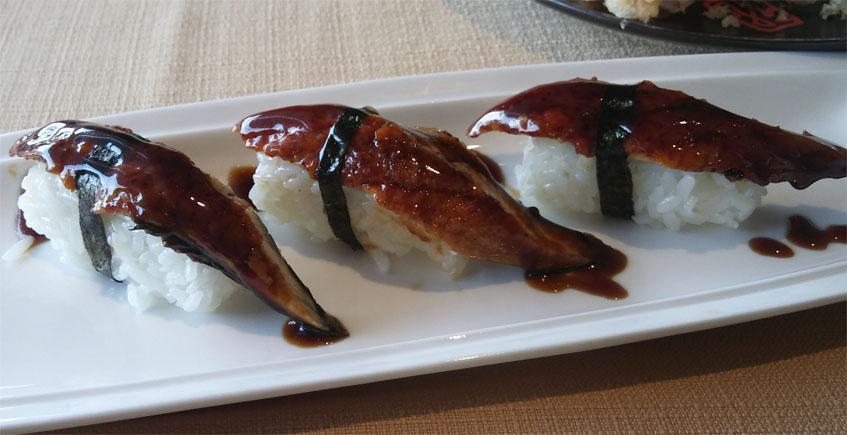 El nigiri de anguila de Kampai Sushi