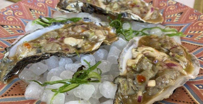 El tartar de ostras y langostinos de Sacrana Gastrobar