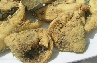 La dorada frita (en tajaitas) de La Taberna del Puerto