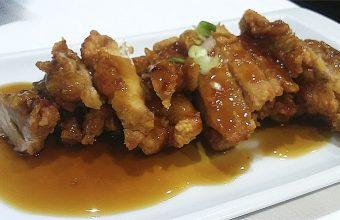 El pollo Teriyaki (como pollo empanao pero en chino) del restaurante Shangai 1968