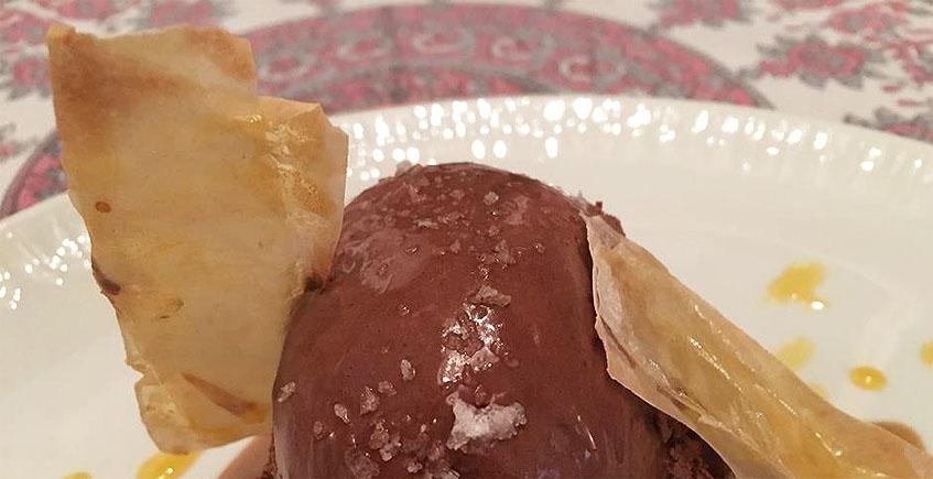 El postre de chocolate del restaurante El Arriate