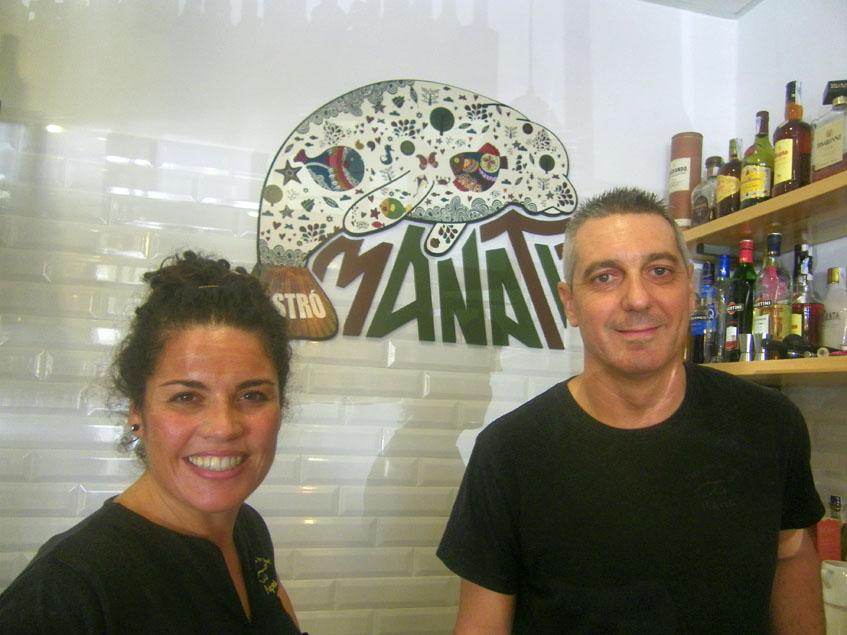 Alejandra Quintia y Antonio Lavandera, los propietarios del local. Foto: Cosasdecome