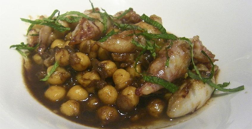 Las puntillitas cocinadas en ropavieja de La Taberna del Chef del Mar