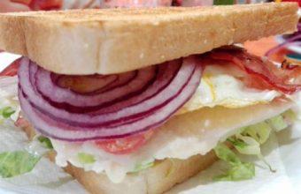 El sandwich de pollo de El Volatín