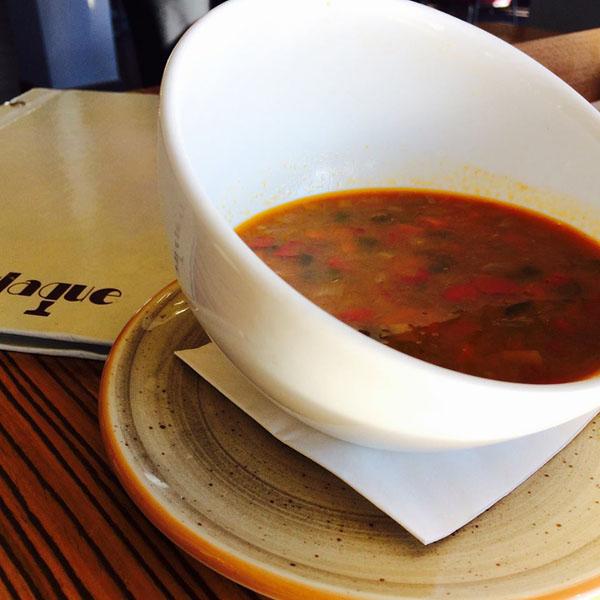 La sopa de miso y quinoa fotografiada por Pilar Ruiz Rodriguez Rubio.