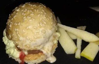 El trampantojo de hamburguesa de Charlotte Santa María del Mar