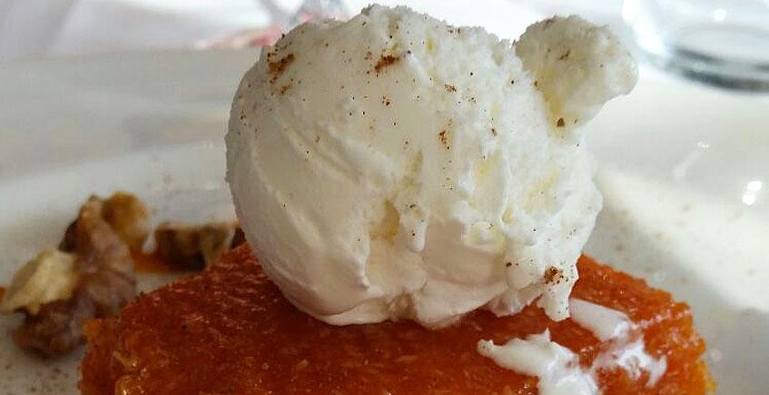 La tarta de zanahoria y coco del restaurante El Roqueo