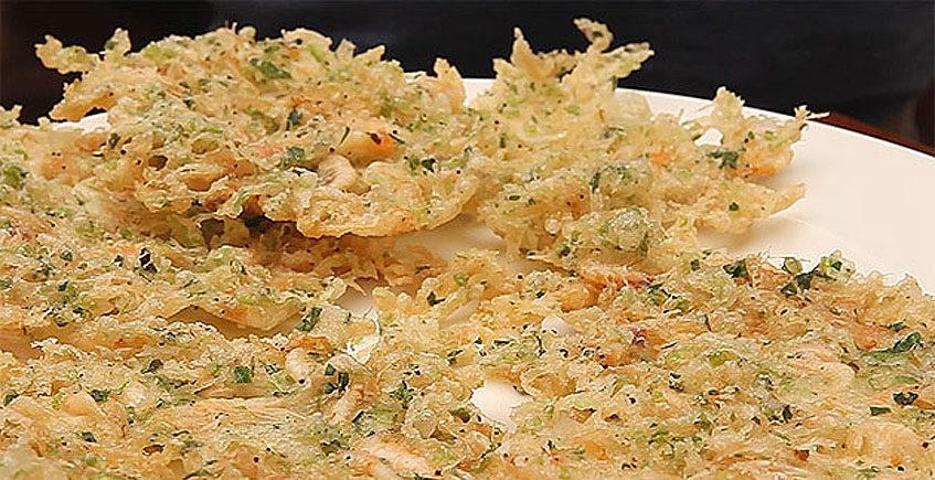 Tortillitas de camarones al estilo del restaurante El Faro de El Puerto