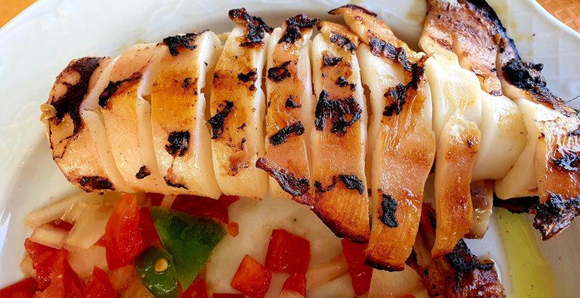 El pescado del roca del Bar Restaurante del Club de pesca Viento de Levante