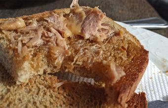 La rebaná de pan macho con colorá del Ventorrillo El Nene