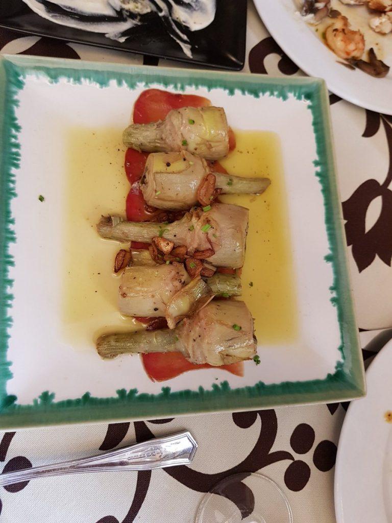 alcachofas con mojama caramelizada foto Raul Garcia