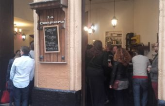20 de abril. Cádiz. Tertulia en La Casapuerta