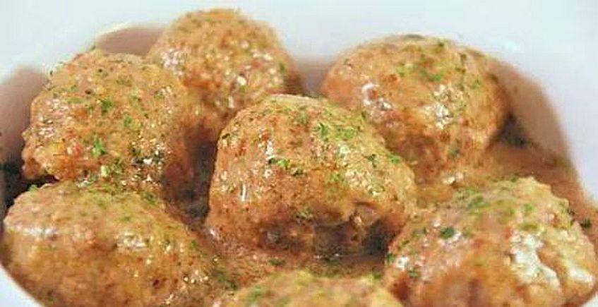 Albóndigas de ternera en salsa de almendras de Chac Mol