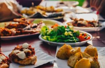 Conferencia sobre por qué gustan tanto los alimentos ultraprocesados en Ubrique