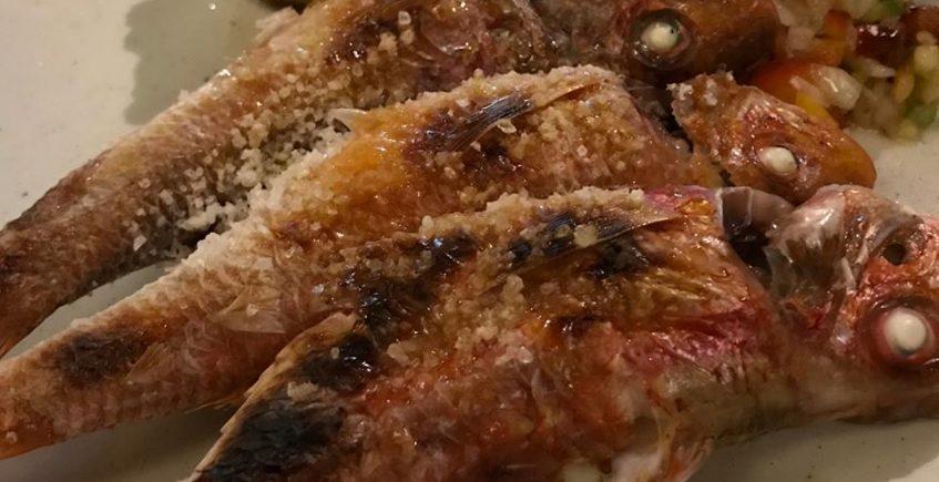 El espeto de salmonete de Musalima
