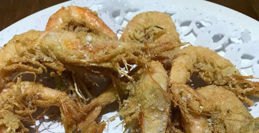 Las gambas fritas de la bodeguita El Adobo