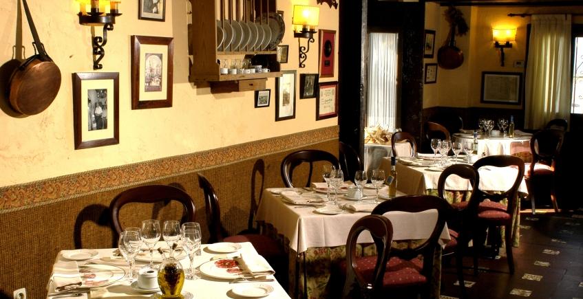 5 de mayo al 23 de junio. Cádiz. Cenas con música en el Ventorrillo de El Chato