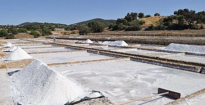 Taller de extracción de sal en Iptuci