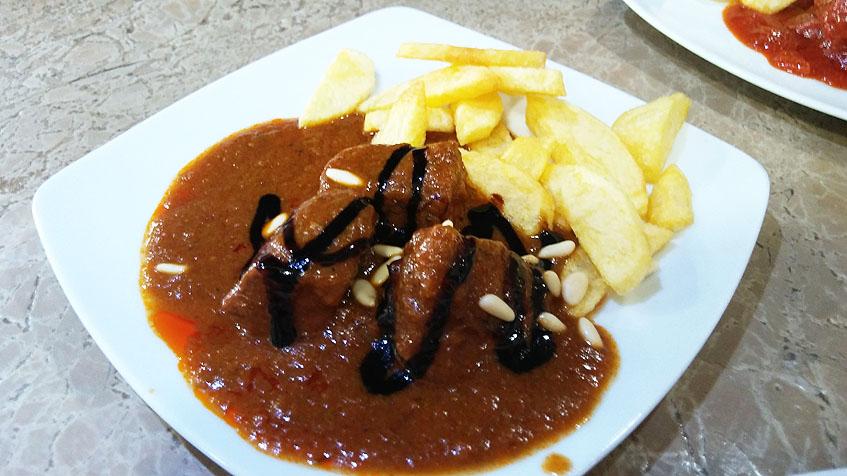 Jabali en salsa al Pedro Ximénez. Foto: Cosasdecome