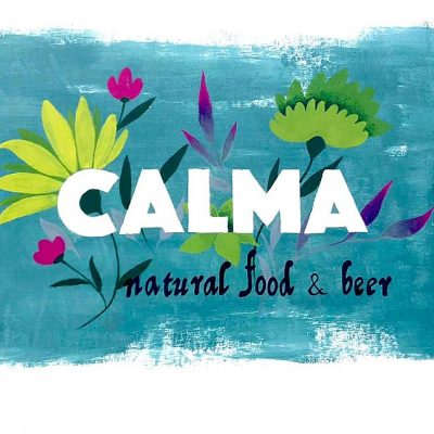El mural con el logo de Calma.