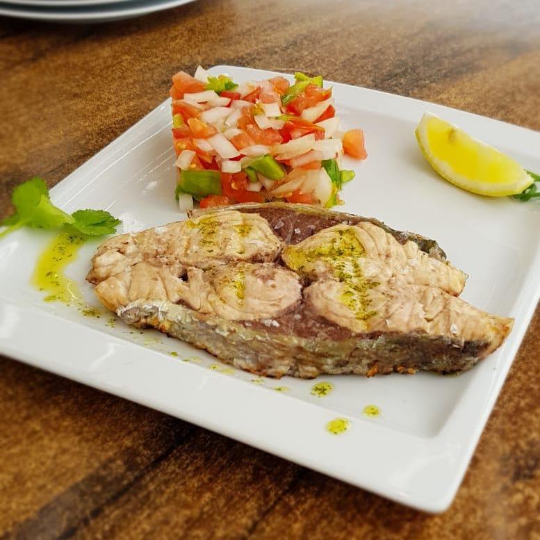 La oferta gastronómica es la tradicional mediterránea.