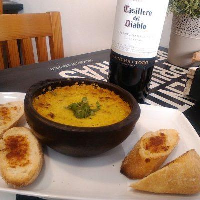 El pastel de choclo con fondo de vino chileno