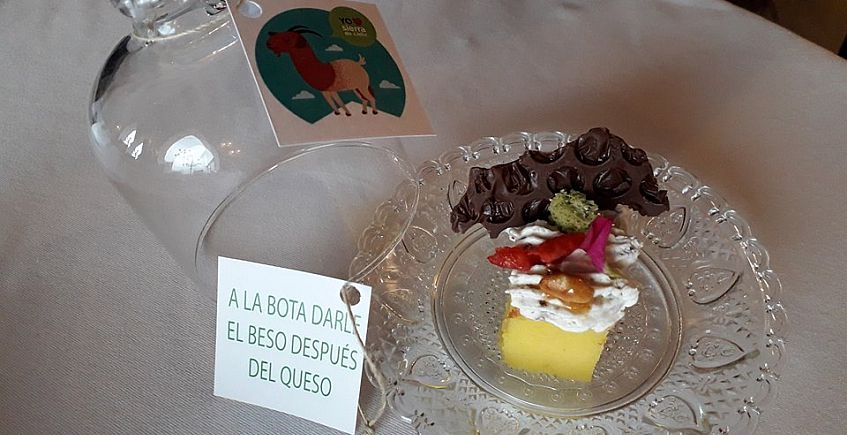 Punto y final (Pastel de queso) de Salvador Muñoz