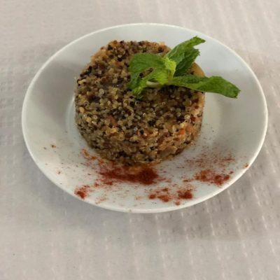 19. ROMANERA. Timbal ibérico con quinoa