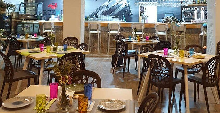 Abre Artemia, el restaurante de las Salinas San Vicente en el centro de San Fernando